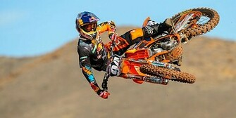 Wallpaper Wednesday   KTM Team Shoot 2013   Moto Magazine