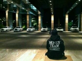 Anyone have a high resolution picture of this Money Team