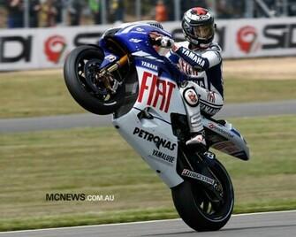 Jorge Lorenzo Jump Bike MotoGP Wallpaper Deskt 829 Wallpaper