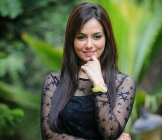 Sana Khan Hot Pics Wallpapers Hottest Bikini Pictures You Just