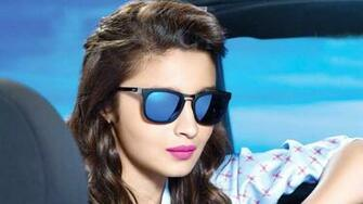 Alia Bhatt With Latest Glasses HD Wallpaper
