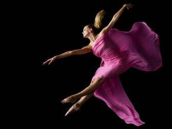 Beautiful dance in pink Beautiful dance in pink desktop wallpaper
