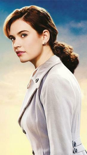 The Guernsey Literary and Potato Peel Pie Society Lily James