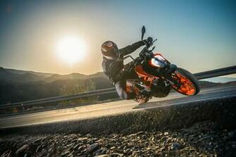 New 2017 KTM Duke 390 unleashed at EICMA Twinkle Torque