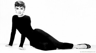 Audrey Hepburn 1920 x 1080 Desktop Wallpapers Full HD Widescreen