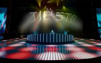 1440x900 Tiesto In Concert wallpaper music and dance wallpapers