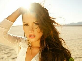 Demi Lovato 2011 Wallpapers HD