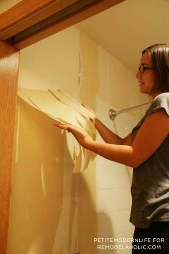 Remodelaholic How to Remove Wallpaper Without Chemicals