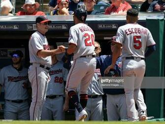 Manager Paul Molitor of the Minnesota Twins greets leftfielder