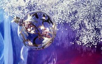 Silver Christmas decorations   Christmas Wallpaper