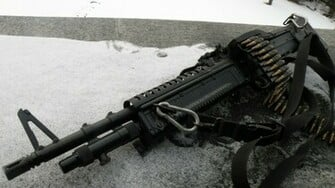 guns machine gun guns weapons light machine gun 2560x1440 wallpaper
