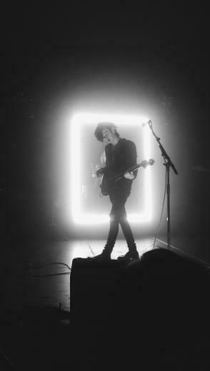 pinterest ashtonsexton Music The 1975 wallpaper The 1975