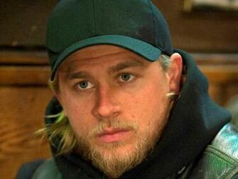 Charlie Hunnam 1400x1050 Wallpapers 1400x1050 Wallpapers Pictures