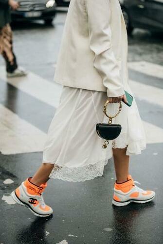 2019 2020 Autumn Winter Paris Fashion Week in 2019 Street style