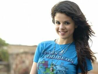 Selena Gomez Hd Wallpapers 2012