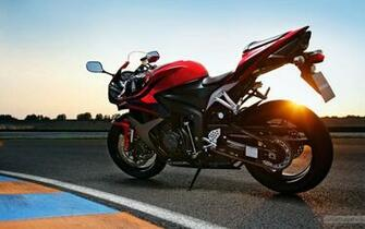Honda CBR 600RR Red HD Bike Photo HD Wallpapers