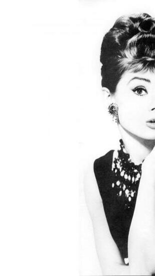 Download Audrey Hepburn Wallpaper for Android