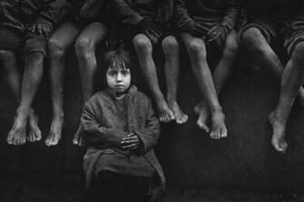 misery poor grayscale children Pedro Luis Raota Wallpapers