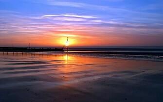 Desktop Wallpaper of a Beach Sunset