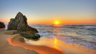 Beach Sunset Pictures HD Wallpaper of Beach   hdwallpaper2013com