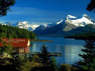 Wallpaper   Boat House Maligne Lake Jasper Alberta Canada wallpapers