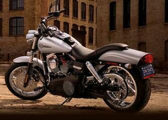 Download Harley Davidson Fxdf Dyna Fat Bob Red Wallpaper