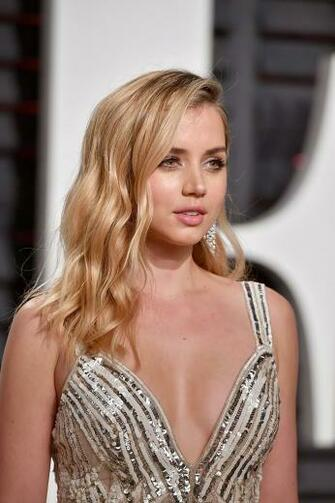 Ana de Armas   Beautiful Hollywood