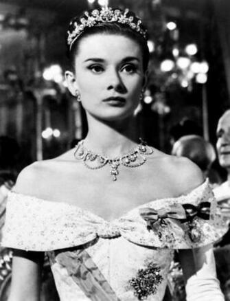 Audrey Hepburn Tiara HD Wallpaper Celebrities Wallpapers